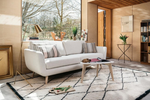 Furninova Smile Day Retro Design Sofa
