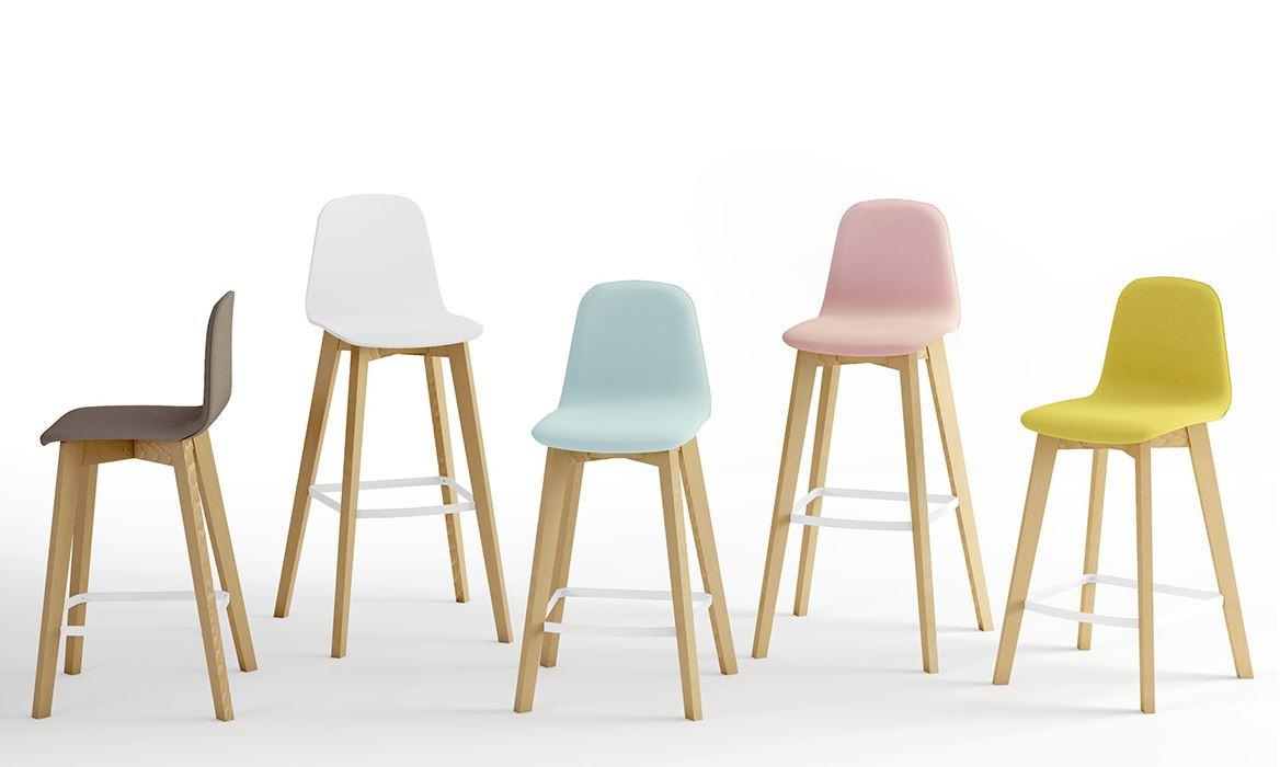 Barstuhl Gepolstert I Holz Design By Cacio Wohneinmal De